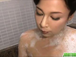 Japanese milf Mai Itou pleases unsatisfactory voyeur