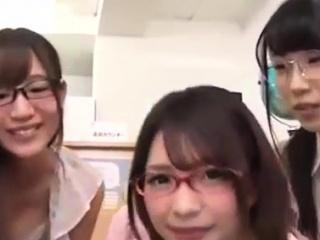 5 schoolgirls n duo me handy bookwork all round japan young teen babes