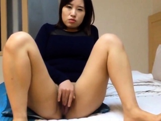Really Beautiful Korean girl's juicy pussy and intercourse