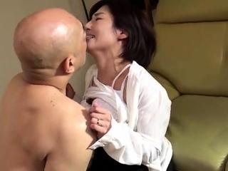Keiko Etou Frying Titty Going to bed Japanese Milf